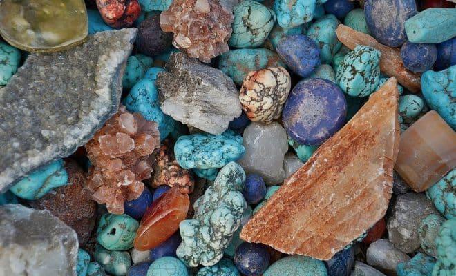 Utiliser une pierre naturelle brute pour votre déco intérieure : quels avantages ?